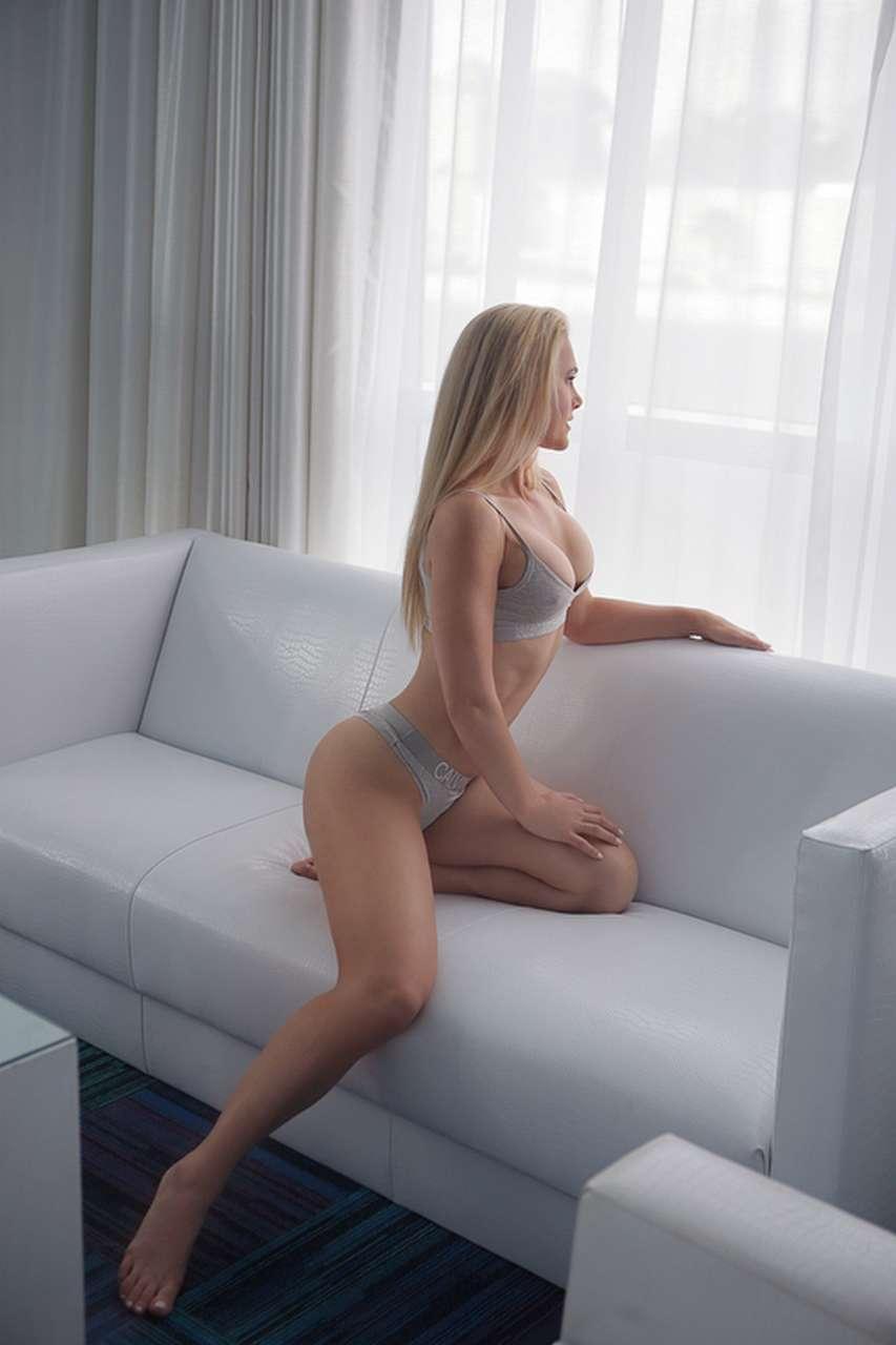 GiselleCollins-ISEESEXY_NW_WEB_12
